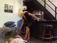 Anikka Albrite dominates a brand new guy