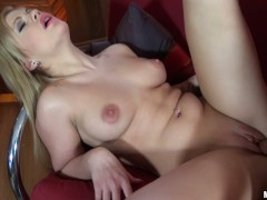 Blonde Bibi Noel licking and getting licked