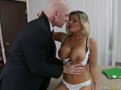 Exquisite Kristal Summers banging with her boss at work