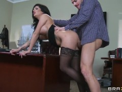 Seductive milf Emily B gets nailed by Johnny Sins